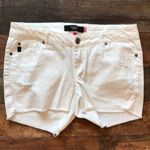 Torrid white shorts size 12 with stretch